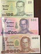 C) THAILAND BANK NOTES 20+500+1000 BATH ND 2001-2005 UNCIRCULATED - Thailand