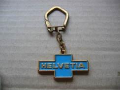 Ancien Porte Clés De La Marque HELVETIA, Refrigerateur, Machine à Laver, Téléviseur - Sleutelhangers