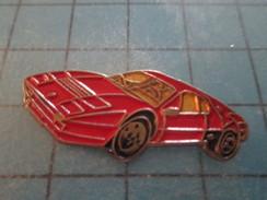 Pin311a Pin´s Pins / Beau Et Rare :AUTOMOBILES / FERRARI ROUGE GENRE TESTAROSSA ? - Ferrari