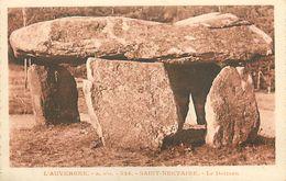A-17-8579 :  SAINT-NECTAIRE. LE DOLMEN. MEGALITHE. ARCHEOLOGIE. PRE-HISTOIRE - Dolmen & Menhirs