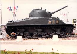 "PHOTO MILITARIA (1980's) TANK  ""BOLD"" - Réunion Véhicules Militaires / Meeting Military Vehicule (17.7 X 12.6 Cm) - War, Military"