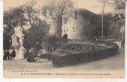 Boulogne  Monument Du Souvenir Français Et Porte Dess Degrés - Boulogne Sur Mer