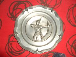 Très Belle Assiette De Tir à L'arc - Tir à L'Arc