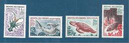 Timbres De Comores  De 1964   N°35 A 38   Neuf ** Parfait Cote 17€50 - Komoren (1950-1975)
