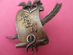Insigne De Revers/France / AEBN/Parchemin Et Plume/Bibliothéque Nationale ?/Vers 1890-1910     MED139 - France