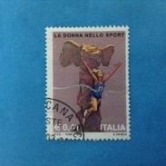 2002 ITALIA FRANCOBOLLO USATO STAMP USED - LA DONNA NELLO SPORT - - 6. 1946-.. Repubblica
