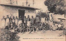 ¤¤ -    Mission Des P.P. Du Saint-Esprit  -  Evêque Africain Visitant Les Lépreux    -  ¤¤ - Postcards