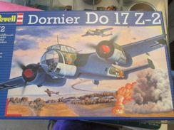 Kit517 Maquette Plastique à Monter - échelle 1/72e - REVELL DORNIER DO 17 , Complète , Avec Décals Et Notice, Colle Et 2 - Airplanes