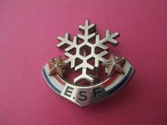 Médaille De Sport/ Ski /Flocon Avec Deux étoiles / E S F / DECAT / Paris / Vers 1980-90    SPO166 - Sport Invernali