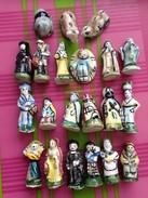 21 Feves MAURIN Creche Santon Ange Jesus Marie Joseph 3 Rois Mage Villageois... - Santons