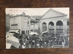 BOEN (42) La Halle Un Jour De Foire - Francia