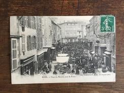BOEN (42) Place Du Marché , Jour De Foire - Otros Municipios