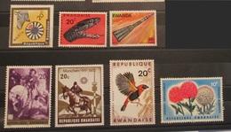 Rwanda 1966 - 1976 Flowers Animals Snake Paintings Sports Space Mnh - Rwanda