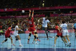 T84-050  ]  Balonmano Handball Handbal,  China Pre-stamped Card,postal Stationery - Handball