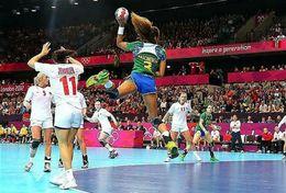 T84-051  ]  Balonmano Handball Handbal,  China Pre-stamped Card,postal Stationery - Handball