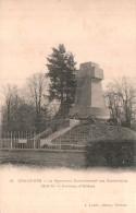 45 COULMIERS LE MONUMENT COMMEMORATIF DES COMBATTANTS 1870-71 PAS CIRCULEE - Coulmiers
