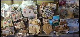 SLG. ALLE WELT BrfStk,o , Großer Karton Voll Mit Kiloware Alle Welt, Auf Briefstücken, Abgelöst Oder Als Bündelware, Fun - Briefmarken