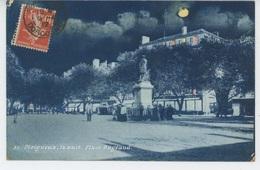 PERIGUEUX , La Nuit - Place Bugeaud - Périgueux