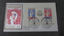 FRANCE FDC Enveloppe SOIE 1er Premier Jour PHILEXFRANCE PARIS Rouge 1982 - Timbre La Poste - FDC