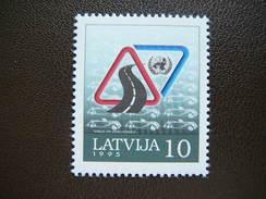 Road Safety Year. Latvia Lettland Latvija 1995 ** MNH #Mi. 393 - Latvia