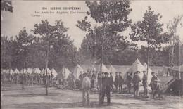 [44] Loire Atlantique > Nantes Guerres Européenne Nos Amis Les Anglais  Une Revue Au Camp - Nantes