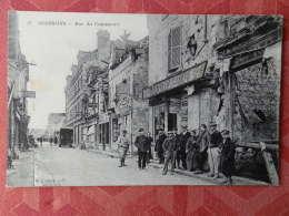 Dep 02 , Cpa  SOISSONS , 27 , Rue Du Commerce  (S009) - Soissons
