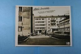 Russie Leningrad Immeubles De L'Avenue Kondratiev - Lieux