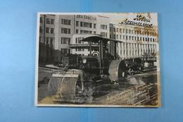 Russie Arkhangelsk Asphaltage De La Rue Vinogradov Et De La Place Située Devant La Maison Des Soviets - Lieux