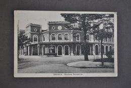 Cartolina  Lombardia Brescia Stazione Ferroviaria Treni 1930 - Brescia