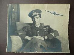 Aeronautica Aviazione Ufficiale Uniforme Fotografia 1940 Circa Aereo Applicato - Fotografia