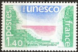 France Unesco Issue 1980 Moenjadaro Pakistan Ruined City MNH 1 Value - Archaeology