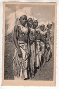 Urundi. Carte Postale Illustrée. Un Groupe D'Intores De L'Urundi - Ruanda-Urundi