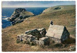 Environs De Cleden-cap-sizun (29) La Pointe Du Van - La Fontaine Saint They - Cléden-Cap-Sizun