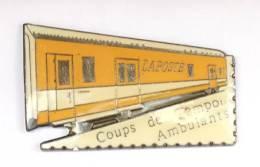 Pin's LA POSTE - Coups De Tampons Ambulants - Wagon Jaune - Dentelure - G556 - Mail Services