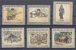 NORTH VIETNAM, SCENES OF WAR, FULL SET 1969, USED - Viêt-Nam