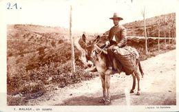 1931 , MALAGA - UN COSARIO , TARJETA POSTAL CIRCULADA ENTRE MALAGA Y SUIZA - Correos & Carteros