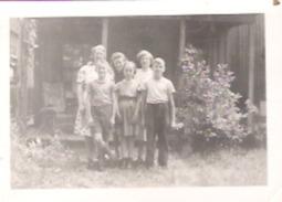 """Beebe, Quebec 1942  Un Rencontre Groupe De Campe  Camp Group Meeting 3.5"""" X 2.5"""" 9 Cm X 6.3 Cm - Photographs"""