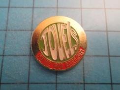 Sp08 Pin's Pins / Rare FETE DU MELON JOUELS  ;   Belle Qualité !!!   Marquage Au Dos : --- - Cities