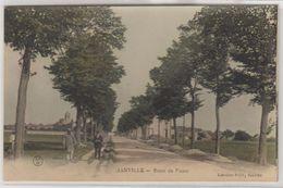 28 Janville 1910-1916  Route Du Puiset Animée éditeur Librairie Paty Colorisée Glacée Dos Scanné - Other Municipalities