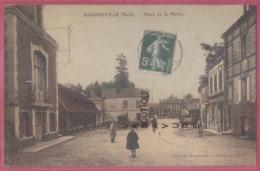 27 - MAINEVILLE---Place De La Marie--animé---legerement Colorisée - Francia