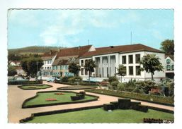 17151     CPM    NIEDERBRONN Les BAINS   , Etablissement Thermal , Superbe Carte Photo 1966 , Au 1er Planbeaux Jardins - Niederbronn Les Bains