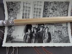 SCOUTISME SCOUT PHOTO GROUPE DE  SCOUTS AVEC UN PRETRE - Fotos