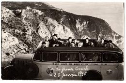 06 EZE - CARTE PHOTO - Sur La Grande Corniche Vehicule Autobus De Visite 1936 - Cpa Alpes Maritimes - Eze