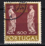 PORTOGALLO - 1967 - NUOVO CODICE CIVILE PORTOGHESE - USATO - 1910-... República