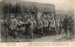 Guerre De 1914 - Arrivée De Prisonniers Allemands - Guerre 1914-18