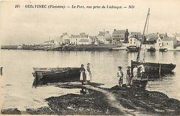 - Finistere - Ref- D698- Guilvinec - Le Port - Vue Prise De L Echiagot - Bateau - Bateaux - Pecheurs -  Carte Bon Etat - - Guilvinec
