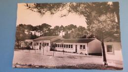 CPA   Saint-Hilaire-de-Riez   Colonie D'Aulnay-sous- Bois  Dortoirs Et Salle De Jeux - Saint Hilaire De Riez
