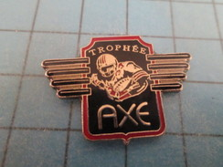 Pin411i Pin´s Pins / Beau Et Rare : SPORTS / FOOTBALL AMERICAIN TROPHEE AXE - Football