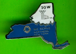 PIN'S, ÉPINGLETTES - CLUB LIONS DE NORTHERN, NEW YORK - 20 W - - Associations