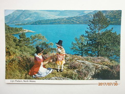 Postcard Traditional Welsh Costume Woman And Child Llyn Padarn North Wales By Bamforth My Ref  B11569 - Costumes